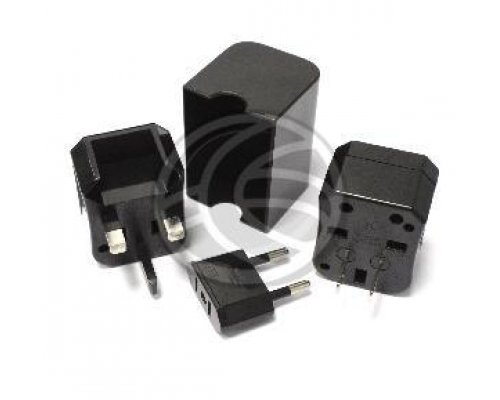 ADAPTADOR MULTIENCHUFE A MULTIENCHUFE EUR UK US AU UNIVERSAL